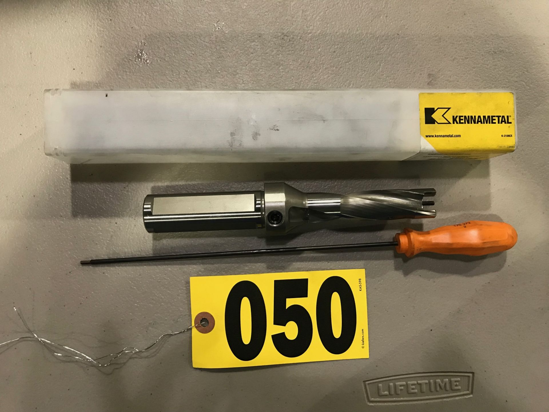 Lot 50 - Kennametal #3 drill bit