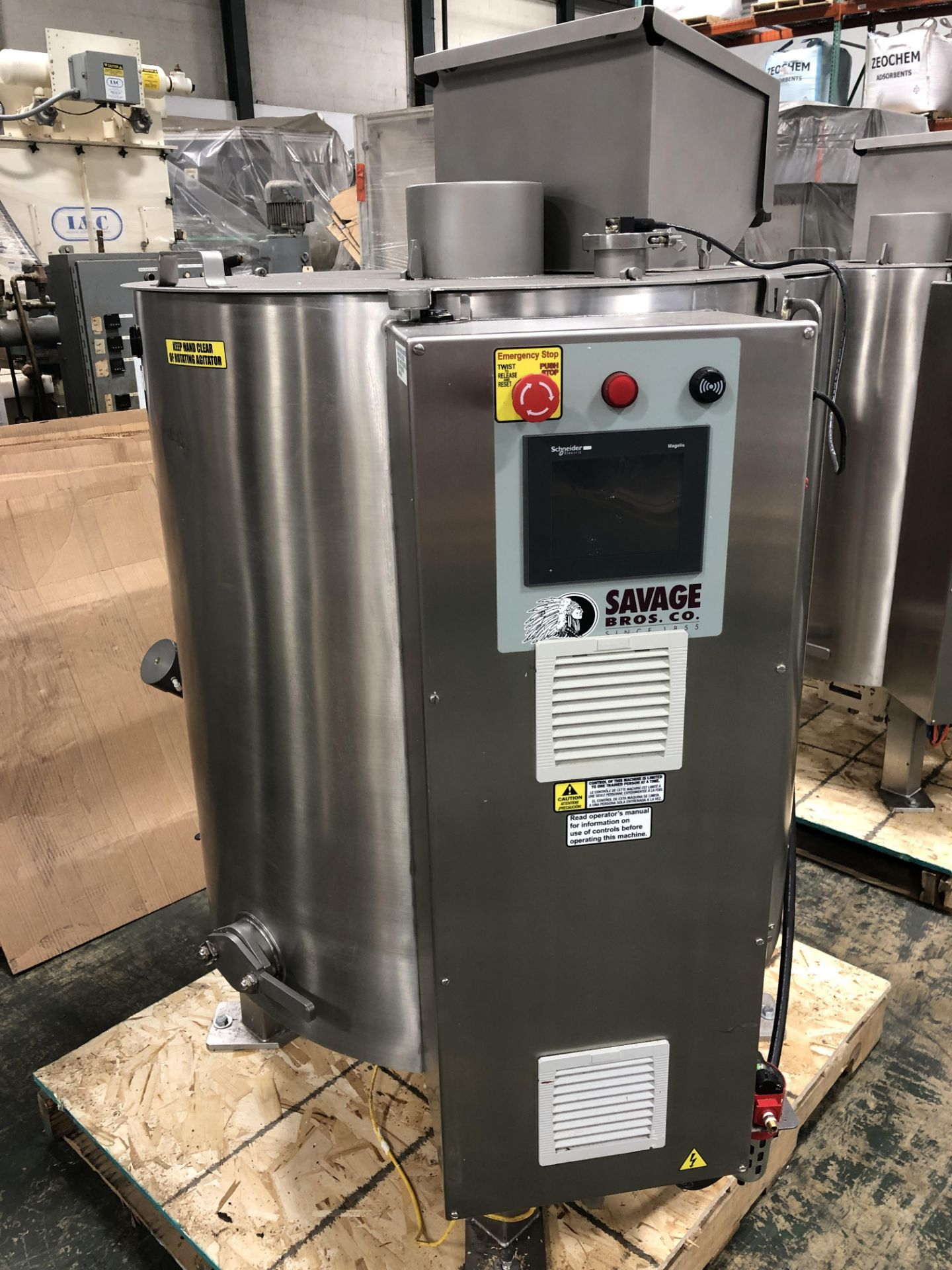 Lot 39 - Savage Stainless Steel 1250-lb Chocolate Melter, model 0974-36, with PLC touchscreen controls, water