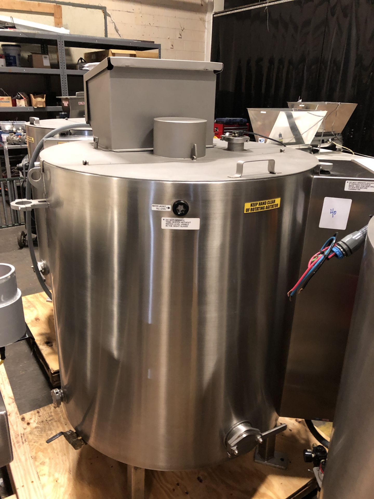 Lot 43 - Savage Stainless Steel 1250-lb Chocolate Melter, model 0974-36, with PLC touchscreen controls,