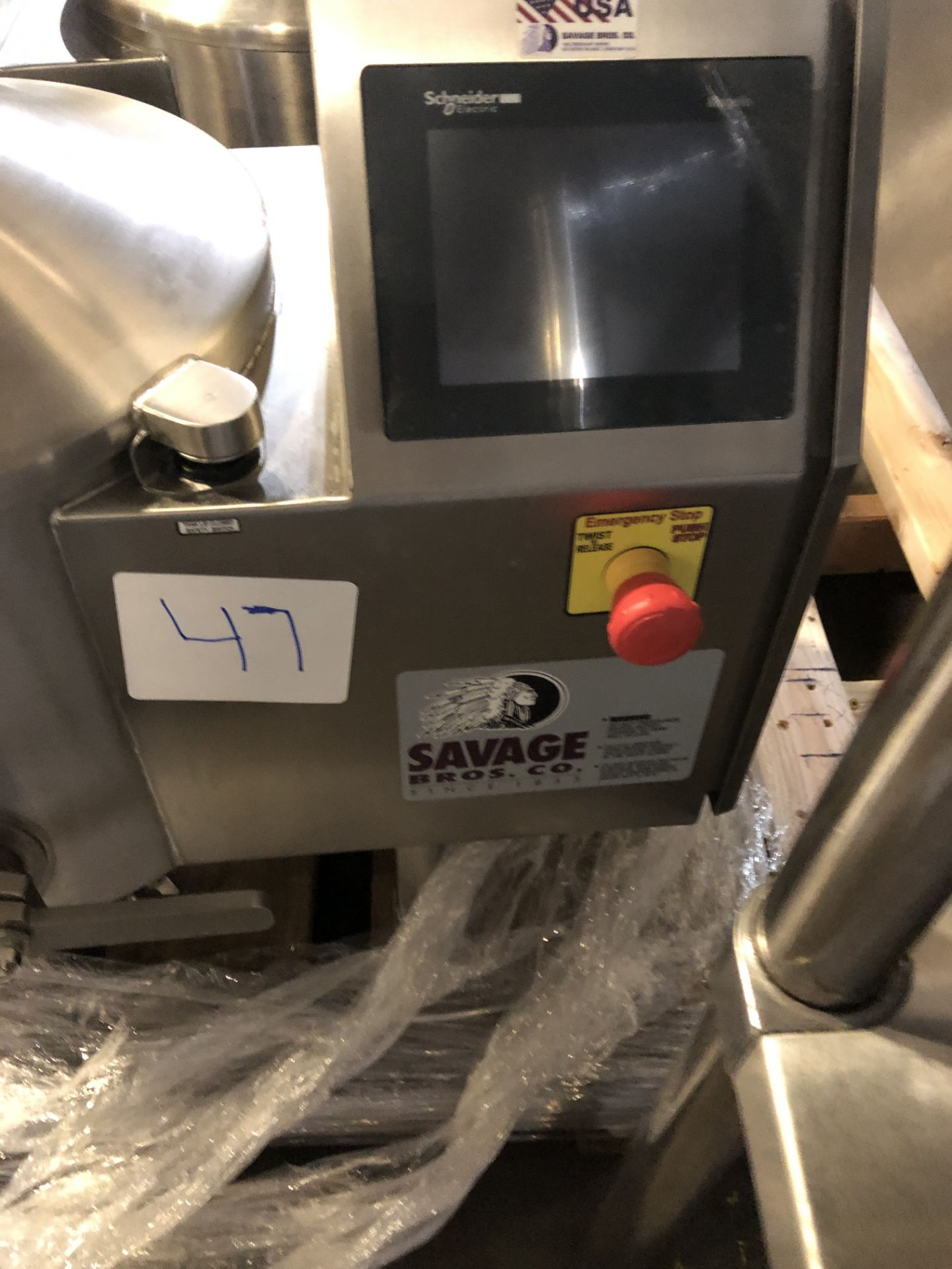 Lot 35 - Savage 50-lb Stainless Steel Chocolate Melter, model 0934-40, jacketed and agitated, electrically