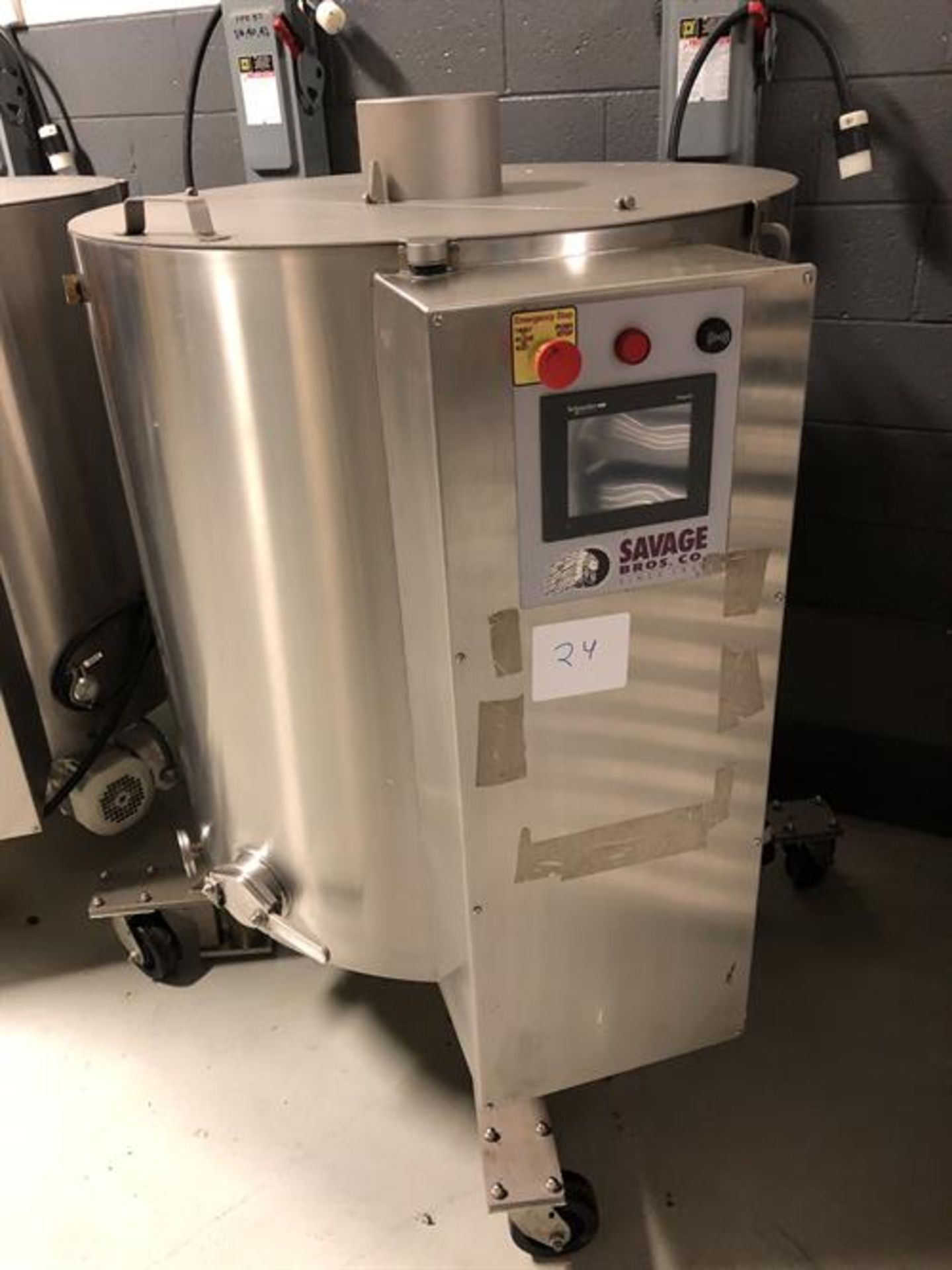 Savage 1250-lb Stainless Steel Chocolate Melter - model 0974-40, with PLC touchscreen controls, - - Image 4 of 7