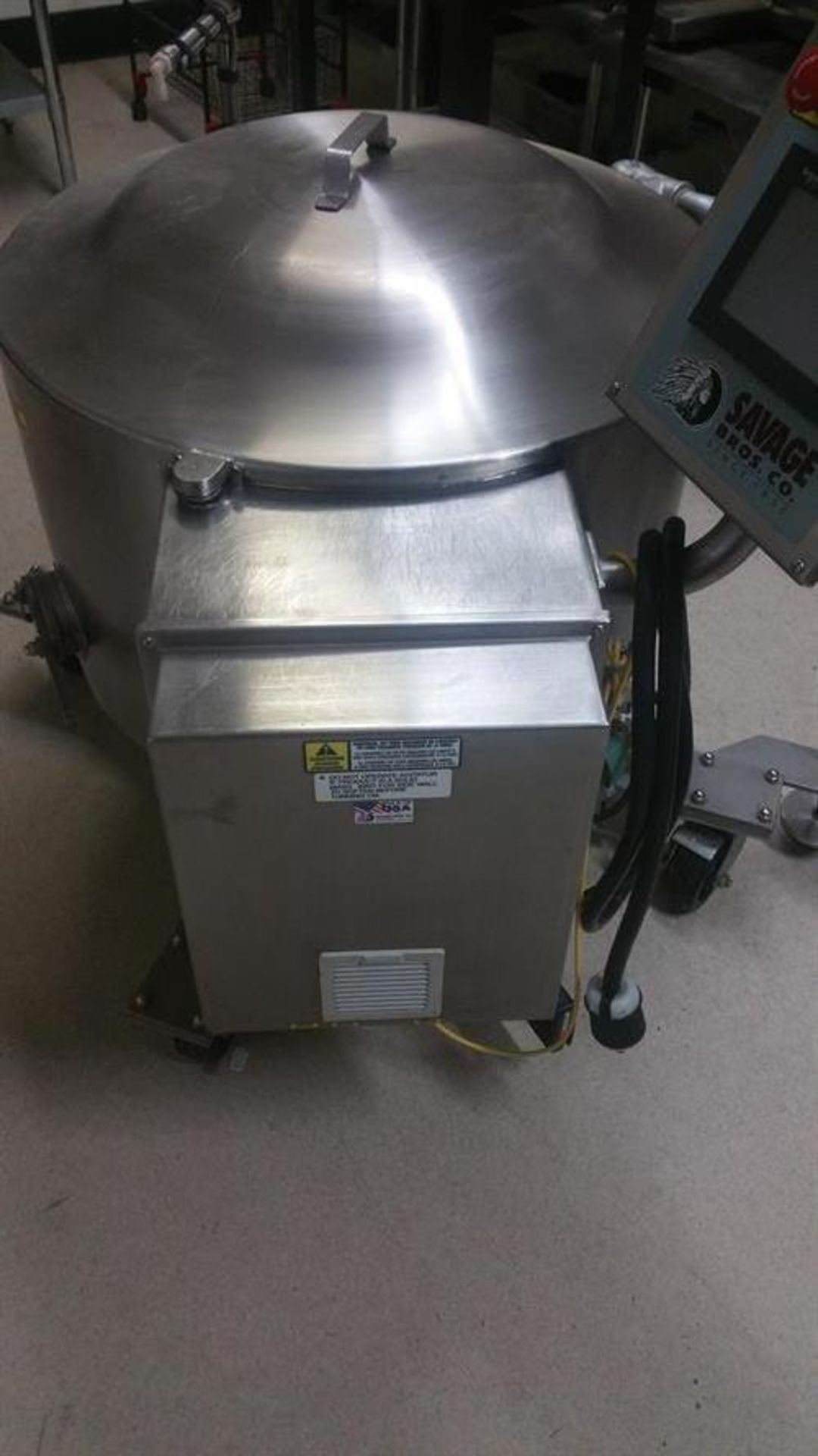 Savage 300-lb Stainless Steel Auto tempering Melter with Metering Pump - All stainless steel - Water - Image 7 of 12