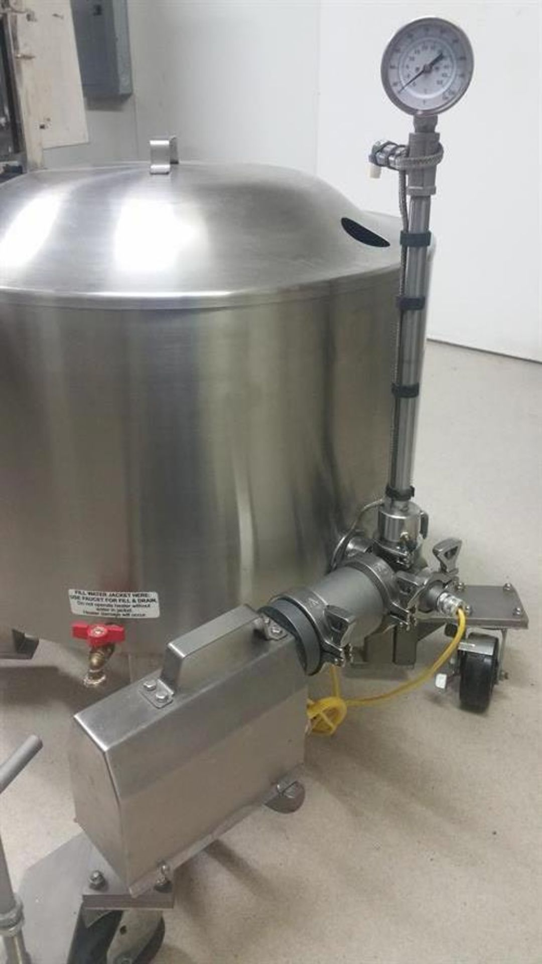 Savage 300-lb Stainless Steel Auto tempering Melter with Metering Pump - All stainless steel - Water - Image 12 of 12