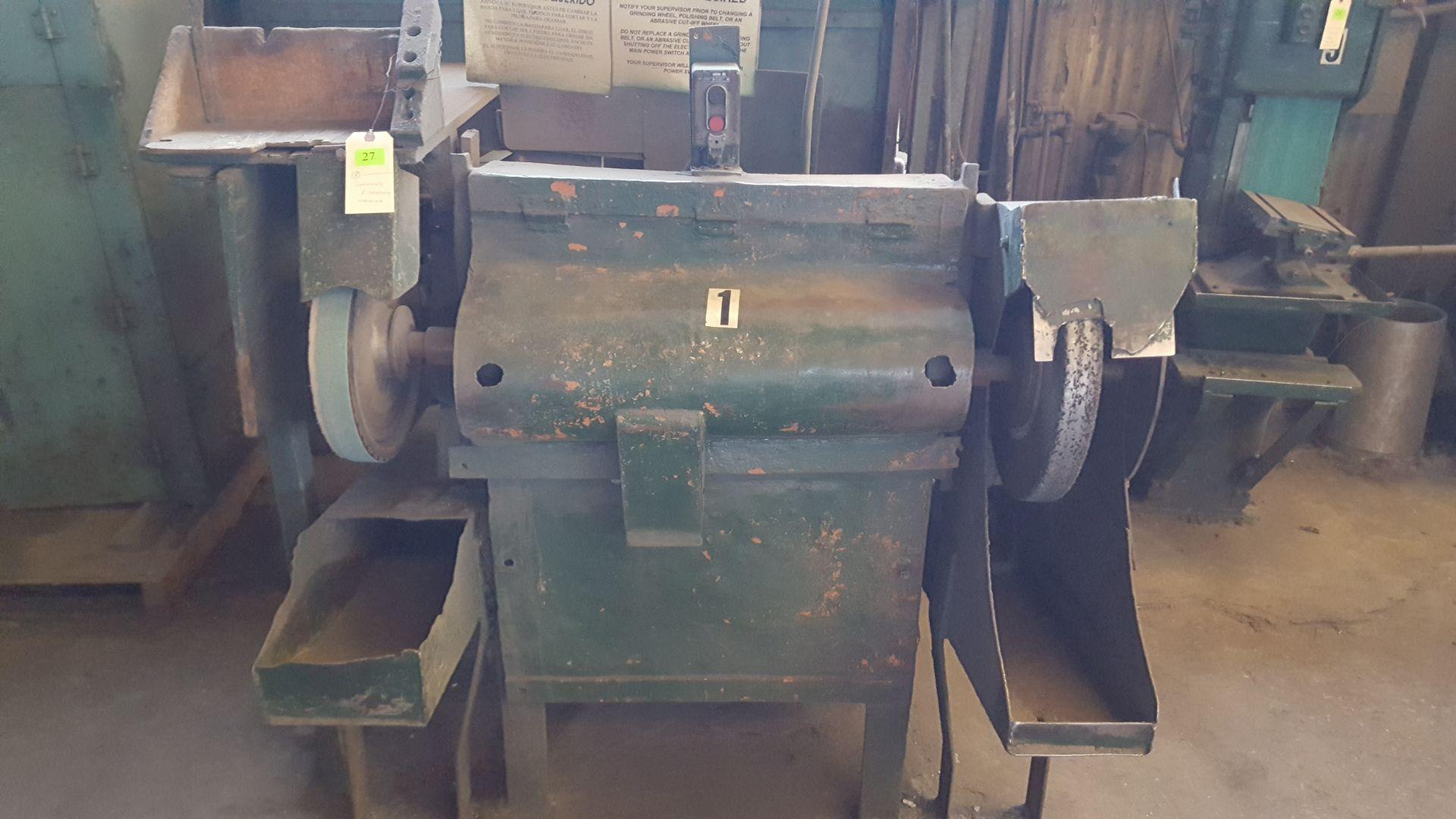 Lot 27 - GRINDING/SANDING MACHINE