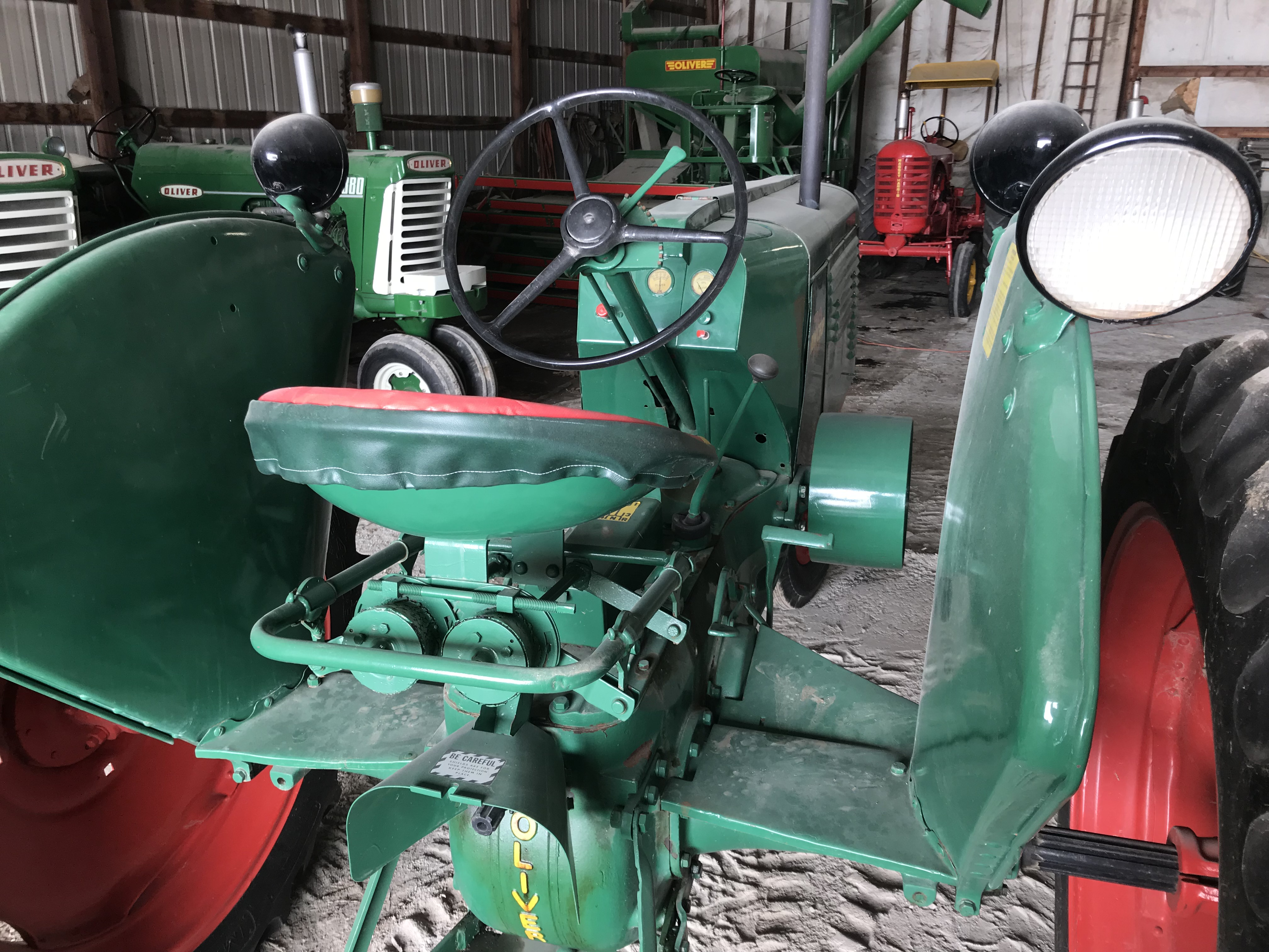 Lot 5 - Mdl.70 S#245239, Row Crop, Single Front Wheel, 12.4x38 New Rubber (restored)