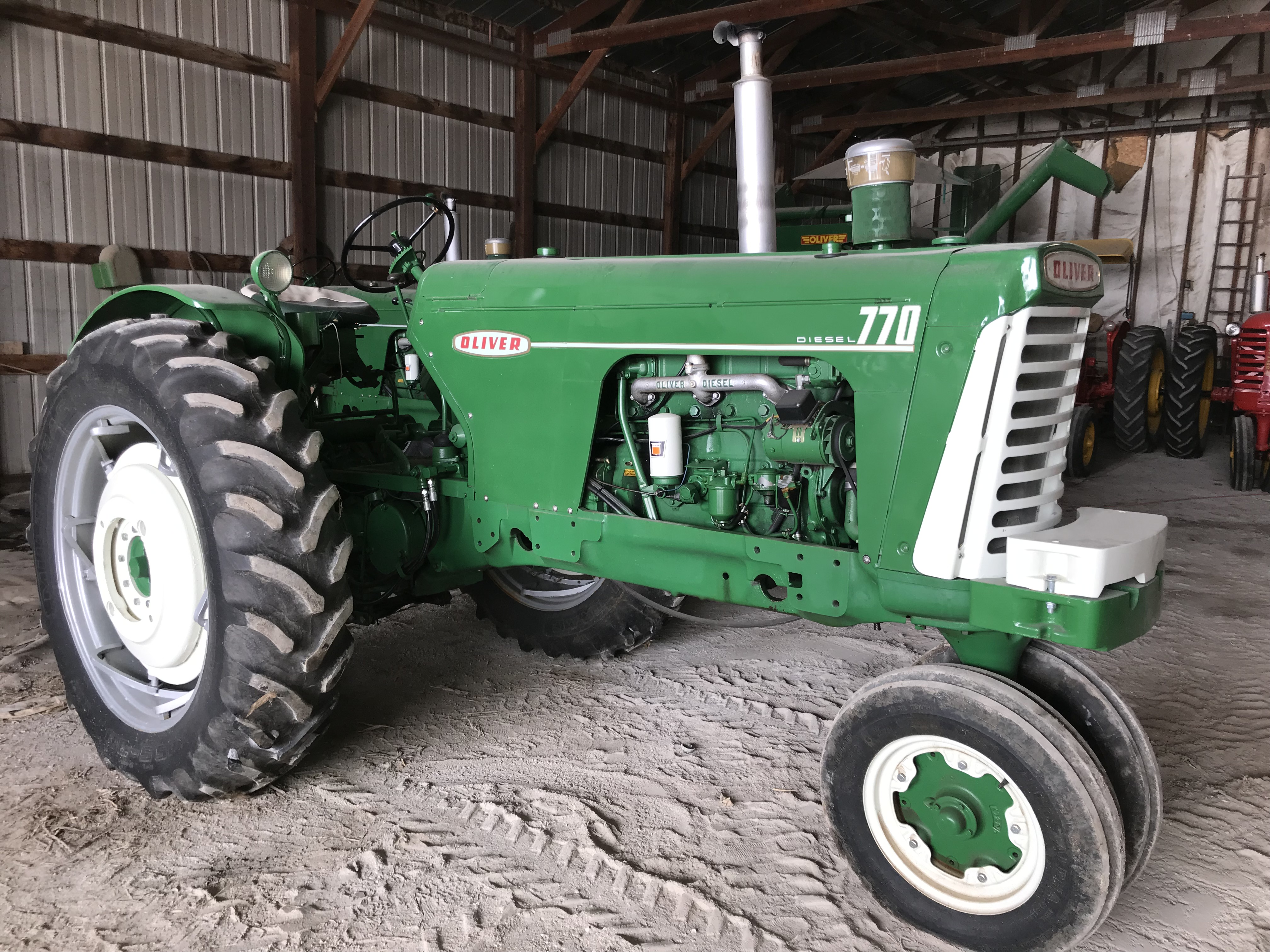 Lot 17 - Mdl.770 Diesel S#62384-721 NF, Dual Hyd, 15.5x38 New Rubber (restored)
