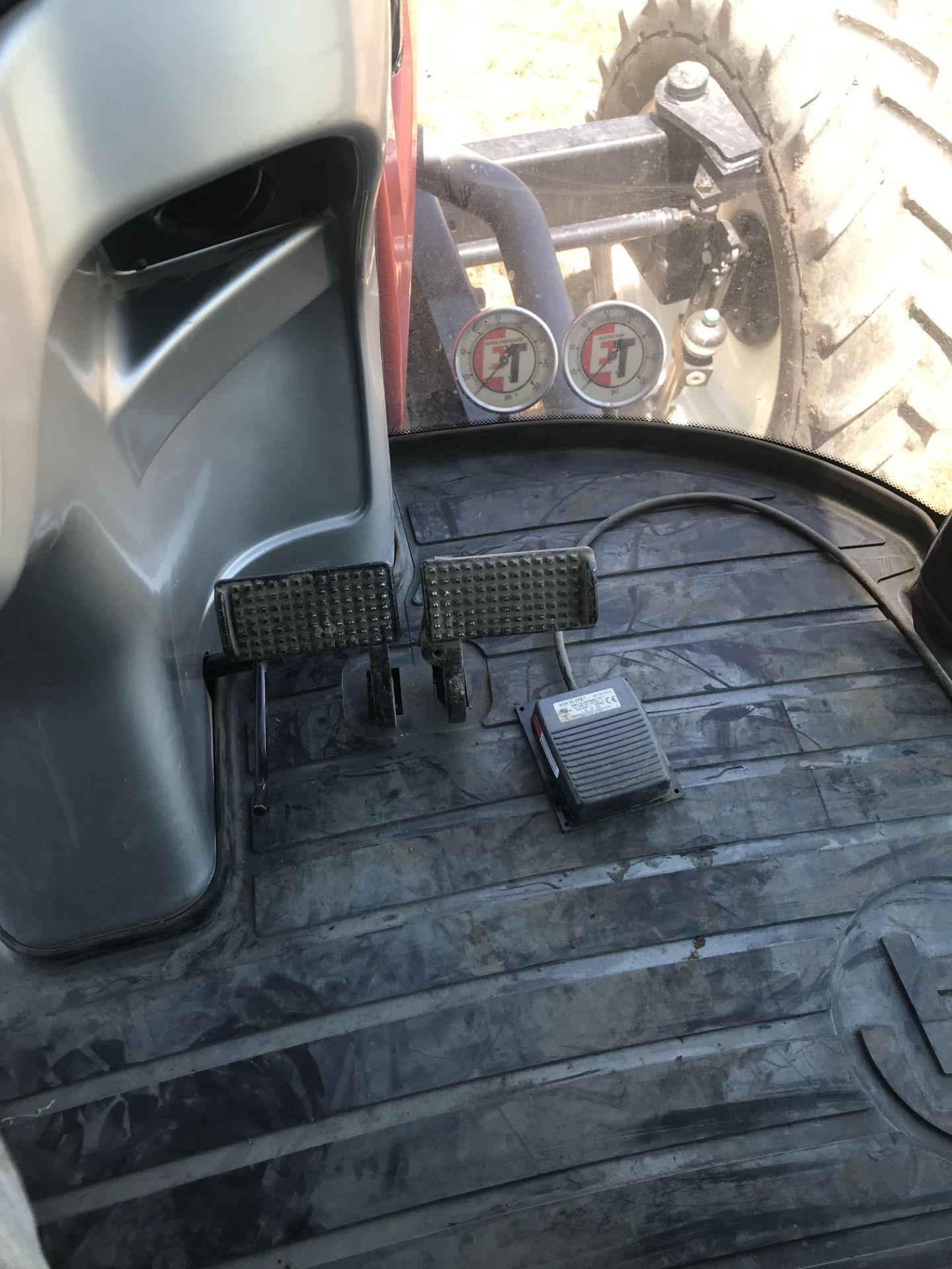 Lot 6 - 2014 Apache AS720, 6.7lt Cummings Diesel, S#9140706, 750gal Poly Tank, 60/90' Booms, Auto Steer &