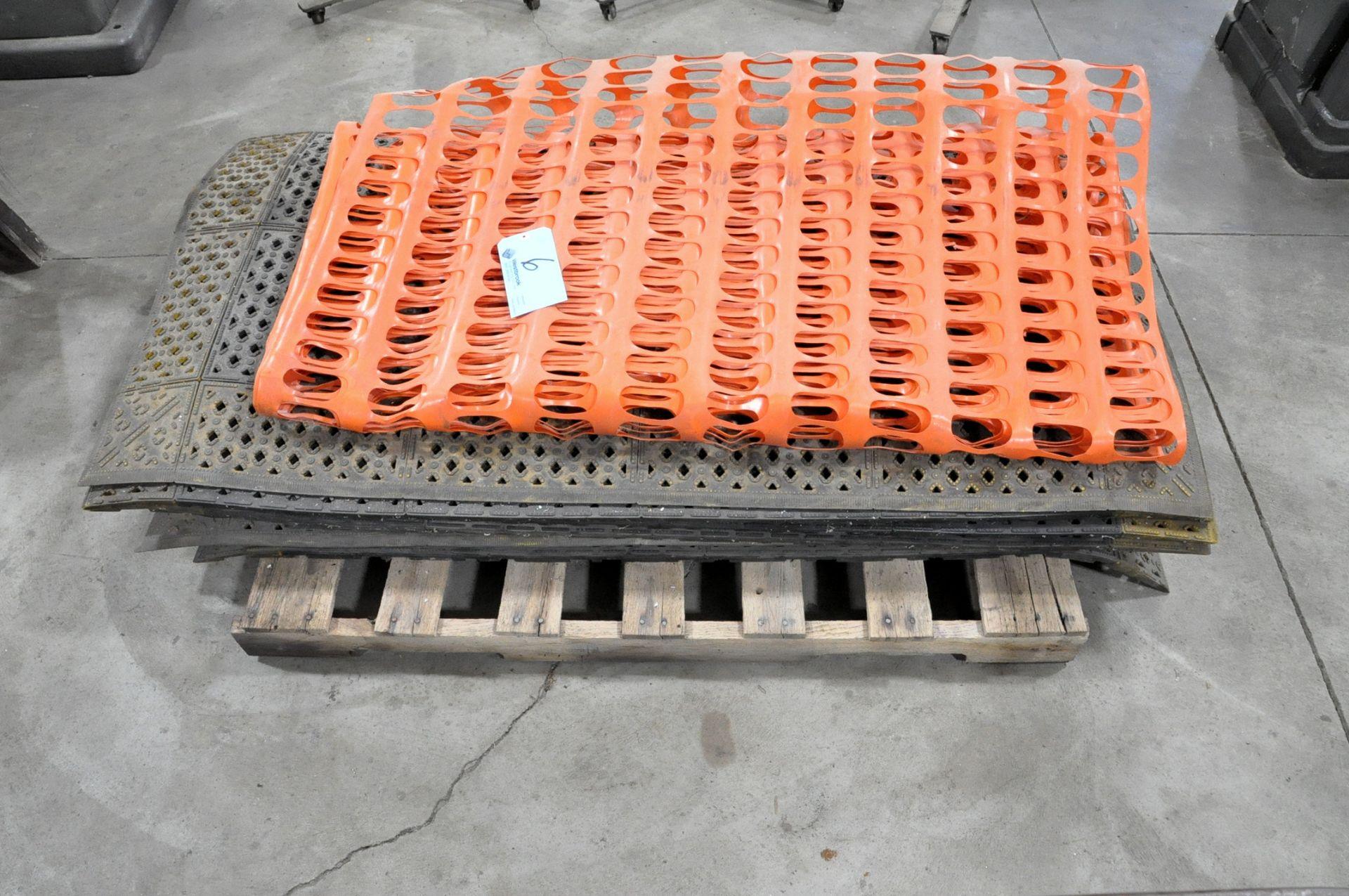 Lot-Rubber Floor Mats wth (2) Wood Saw Horses