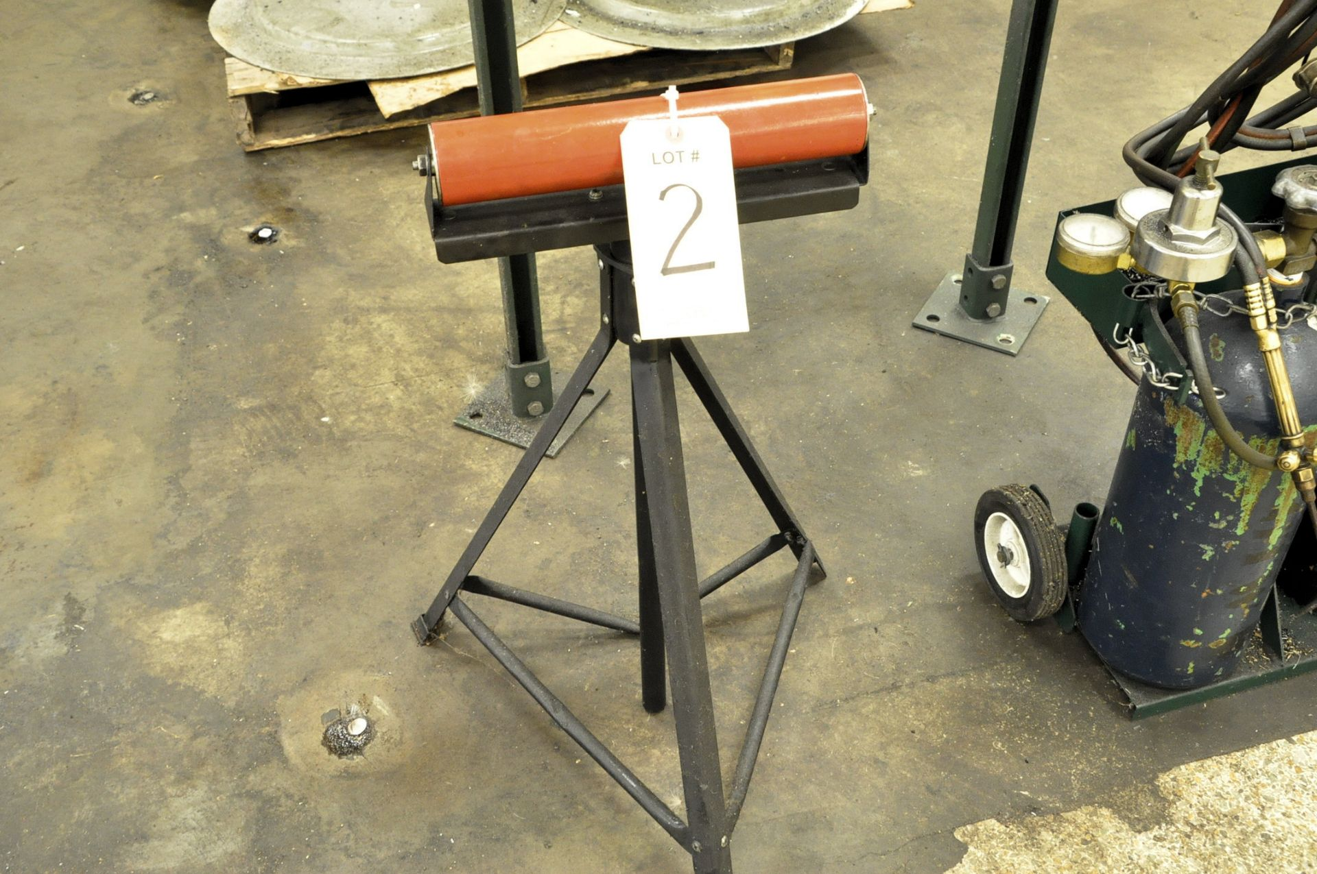 Lot 2 - Stock Roller Feed Stand