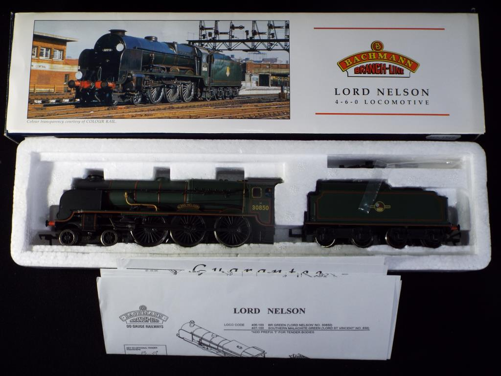 Lot 35 - Bachmann - A boxed OO Gauge No.31-406 4-6-0 Steam Locomotive and Tender. Op.No.