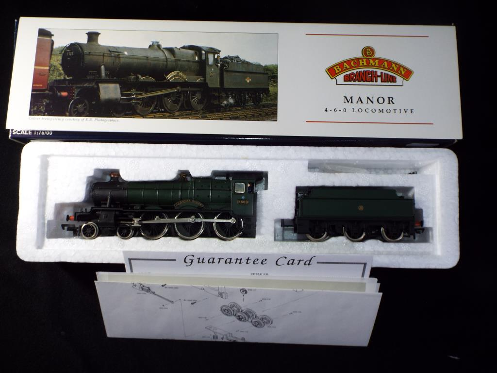 Lot 43 - Bachmann - A boxed OO Gauge No.31-304 Manor Class 4-6-0 Steam Locomotive and Tender. Op.No.