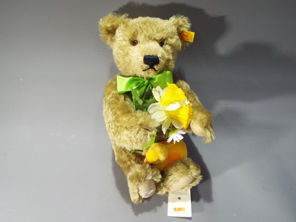 Lot 53 - Steiff - a hand-made Bear entitled Dylan from the 'Steiff Four Seasons Bears' series by Danbury
