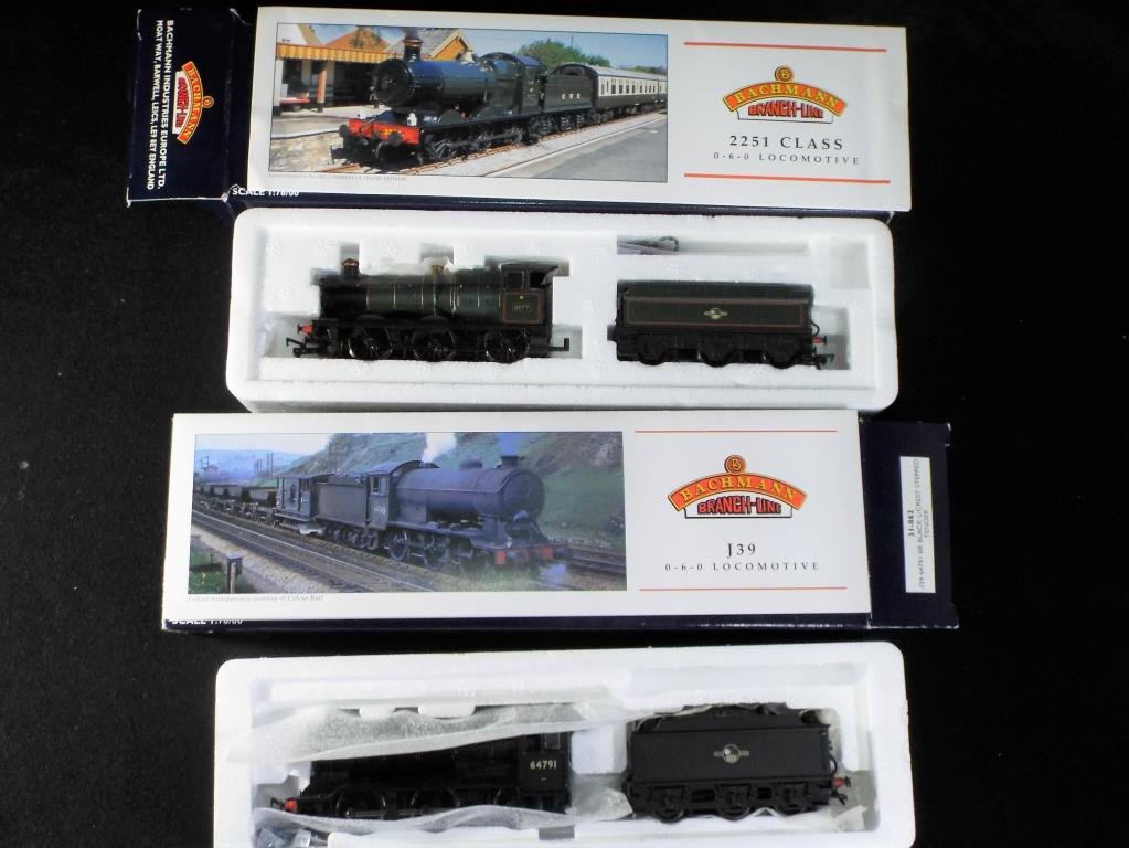 Lot 25 - Bachmann - Two boxed Bachmann OO Gauge Steam Locomotives. Lot includes, No.
