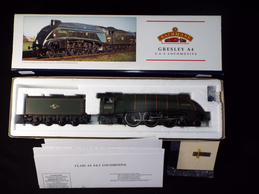 Lot 40 - Bachmann - A boxed OO Gauge No.31-958 Gresley Pacific A4 Class 4-6-2 Steam Locomotive and Tender.