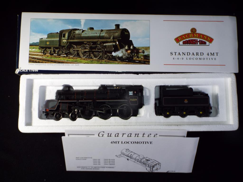 Lot 38 - Bachmann - A boxed OO Gauge No.31-100A Standard 4MT 4-6-0 Steam Locomotive and Tender. Op.No.
