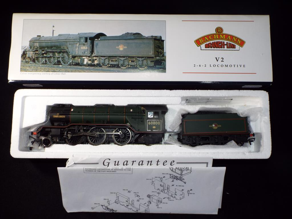 Lot 46 - Bachmann - A boxed OO Gauge No.31-559 V2 2-6-2 Steam Locomotive and Tender. Op.No.