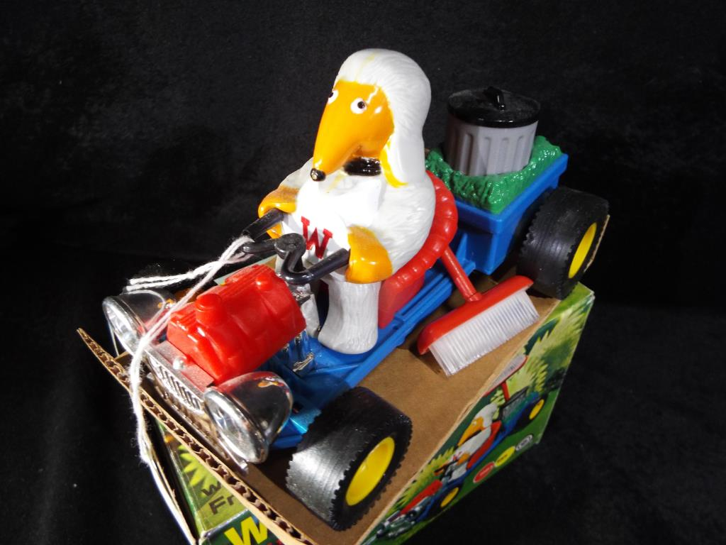 Lot 19 - The Wombles - Marx Toys a Wombles car with Tomsk, complete in a card board storage,