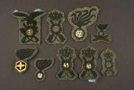 Insignes de l'armée royale italienneComprenant neuf insignes de coiffure troupe. A noter une