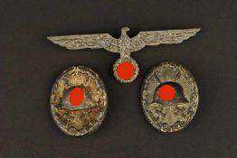 Ensemble d'insigne de la HeerComprenant un insigne des blessé noir, attache présente, fabrication