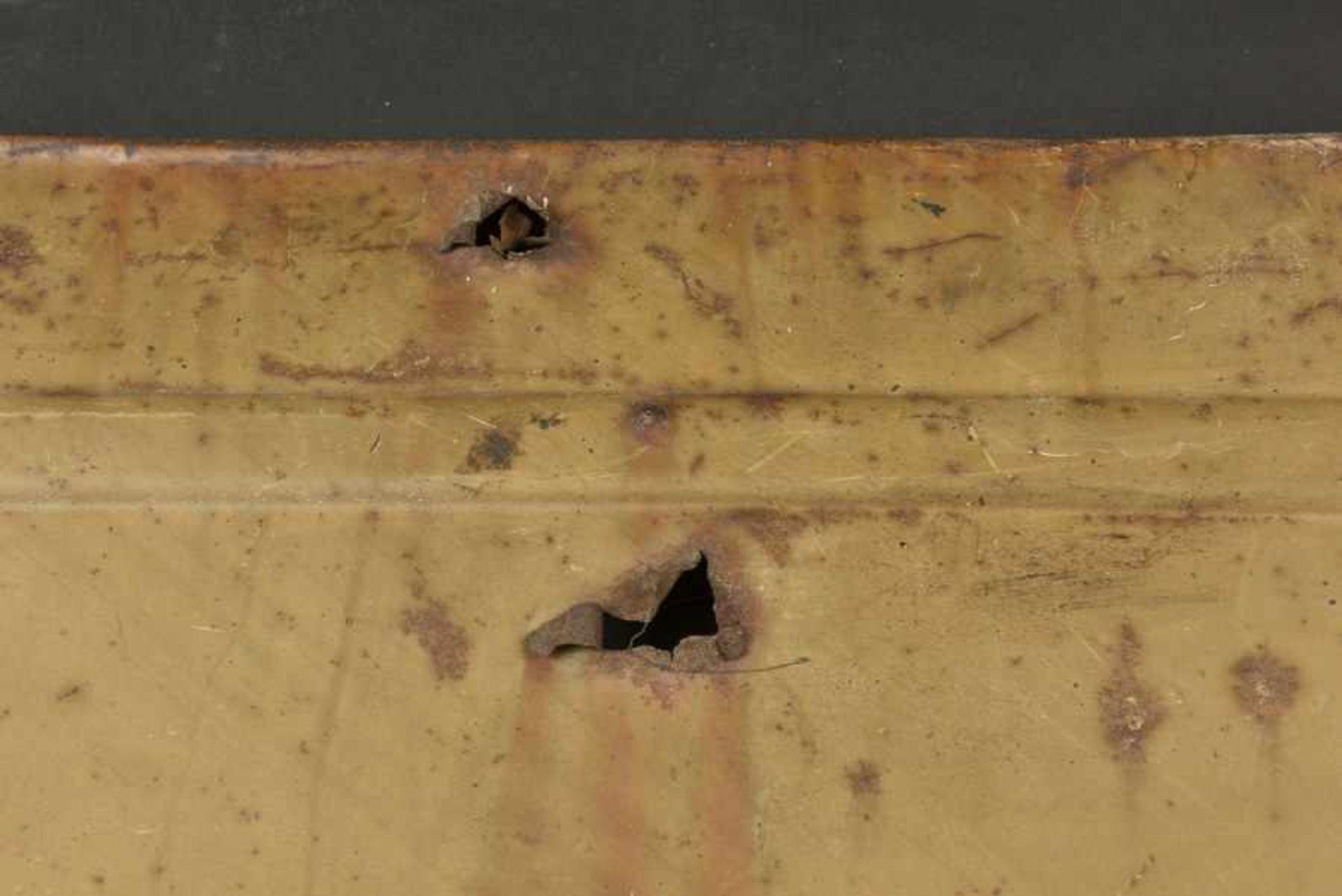 Portière de Kubelwagen camouflé avec des impacts, provenant de Bayeux. Camouflaged Kubelwagen door - Bild 4 aus 4