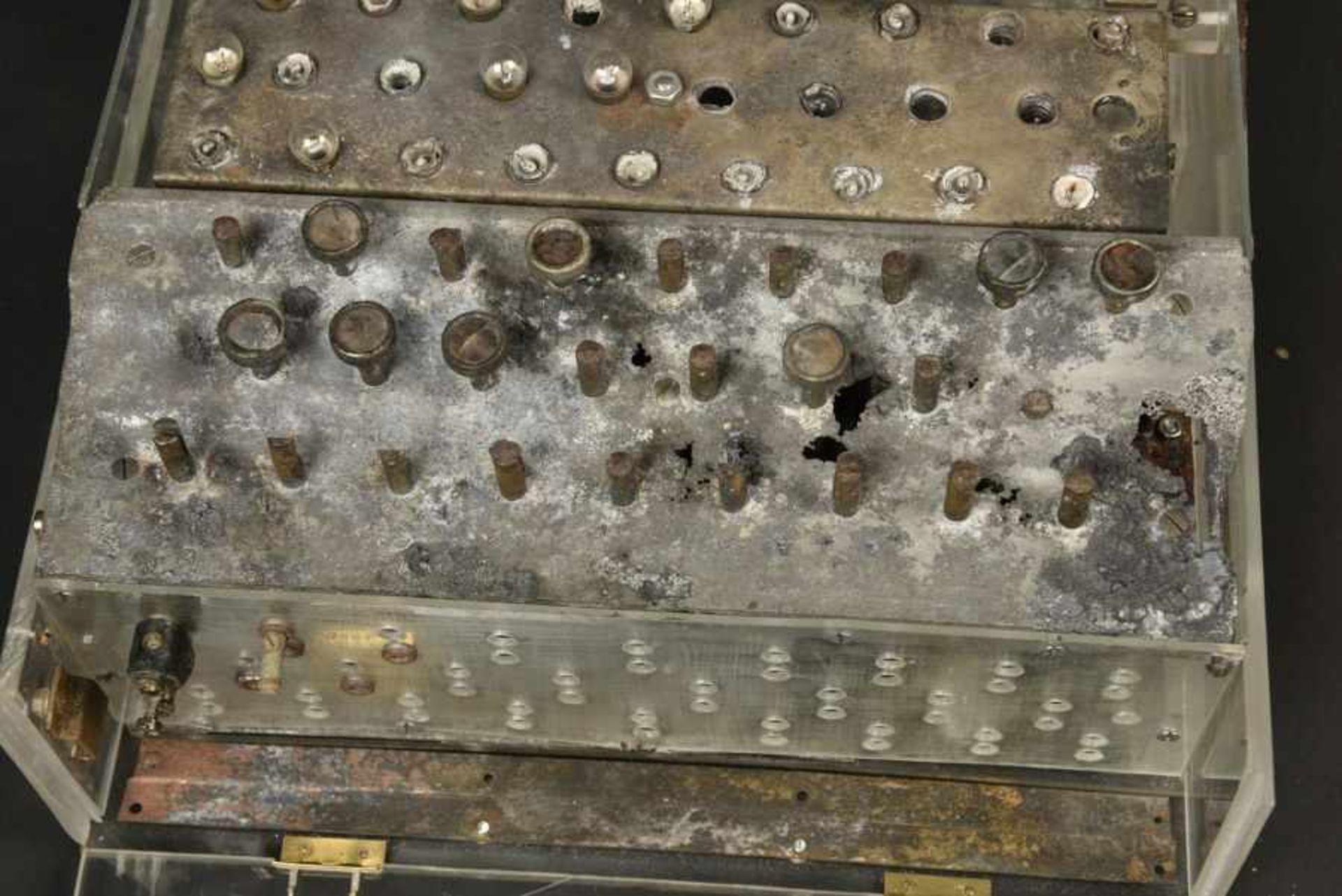 Enigma de fouille provenant de Bas Aubry pouvant être attribuée à la 10ème Panzer SS Division - Bild 3 aus 4