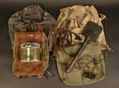 Ensemble d'équipement allemandComprenant deux sangles en cuir marquées Krm 43. Une sangle en cuir
