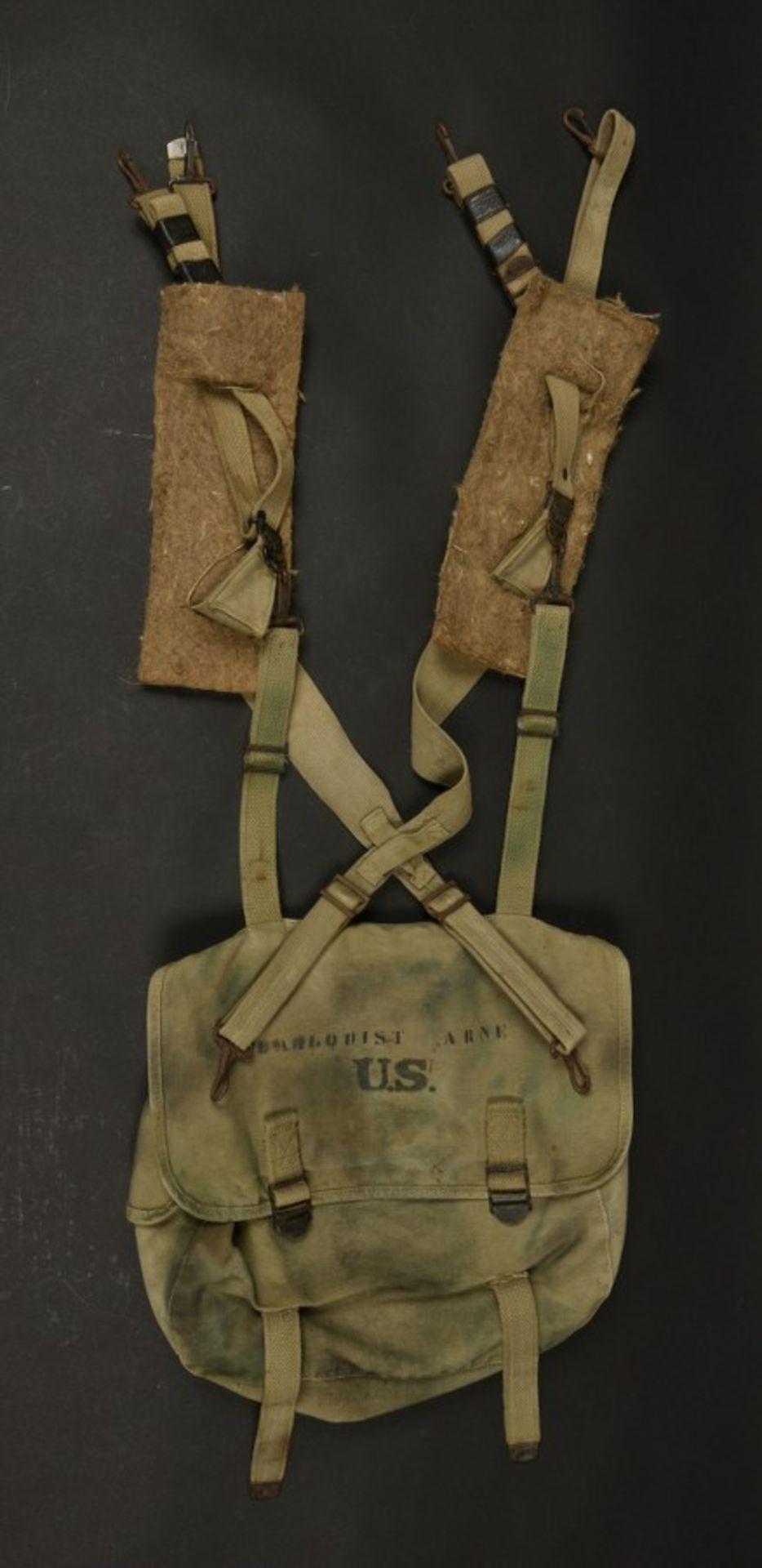 Brelage et sac M-36 camouflé de parachutiste Dahlquist Arne du 325ème GIR de la 82ème Airborne. M-36