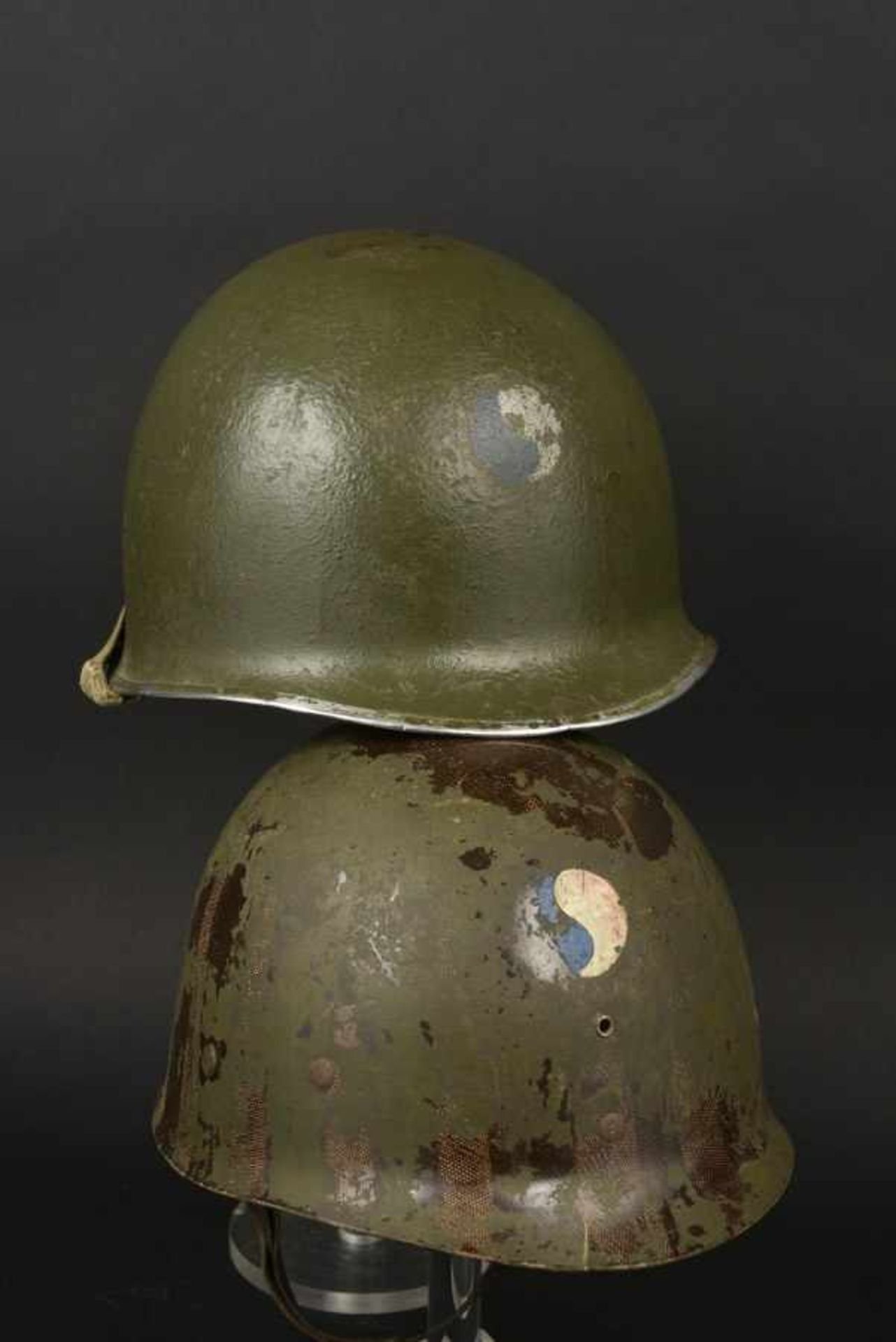 Casque du sergent Prouse de la 29ème DI US. Helmet belonging to Sergeant Prouse of the 29th DI