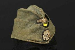 Calot troupe SS. SS troop capEn drap Feldgrau, les insignes sont cousus main d'origine. Intérieur en