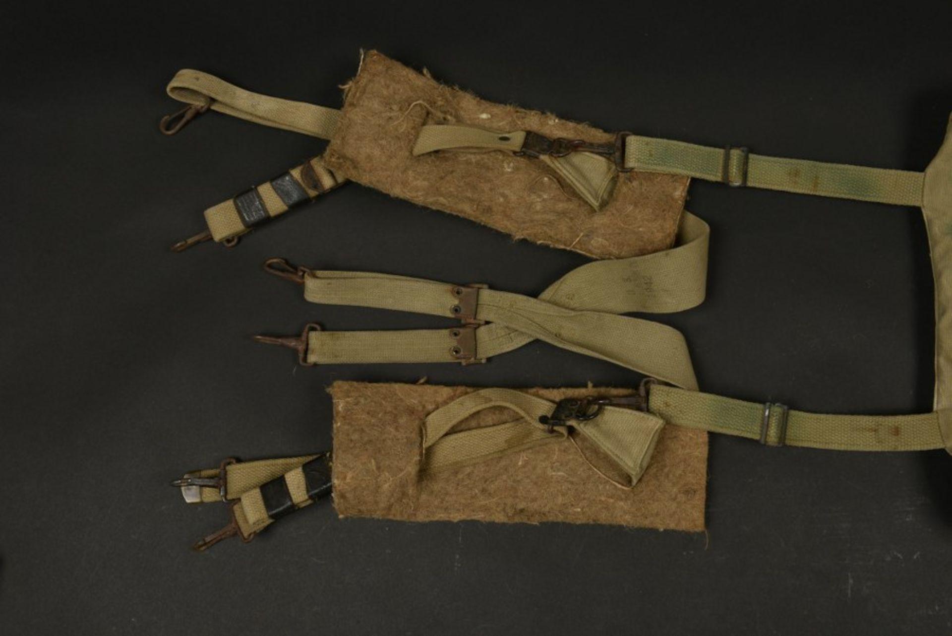 Brelage et sac M-36 camouflé de parachutiste Dahlquist Arne du 325ème GIR de la 82ème Airborne. M-36 - Bild 4 aus 4