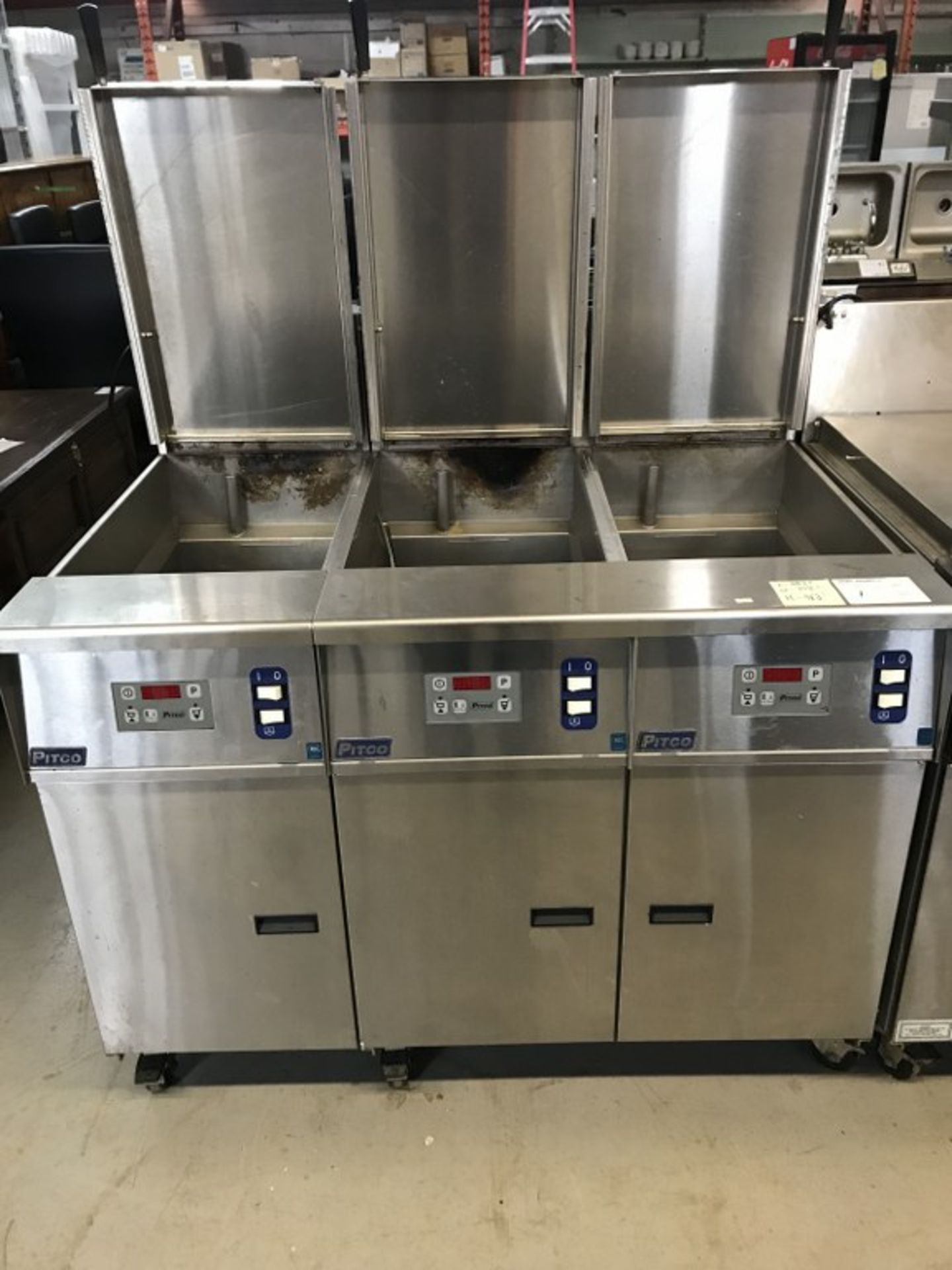 Lot 1 - PITCO - TRIPLE RE- THERMALIZER . MODEL # SRTG. 48.5L X 35.5W X 46.5H