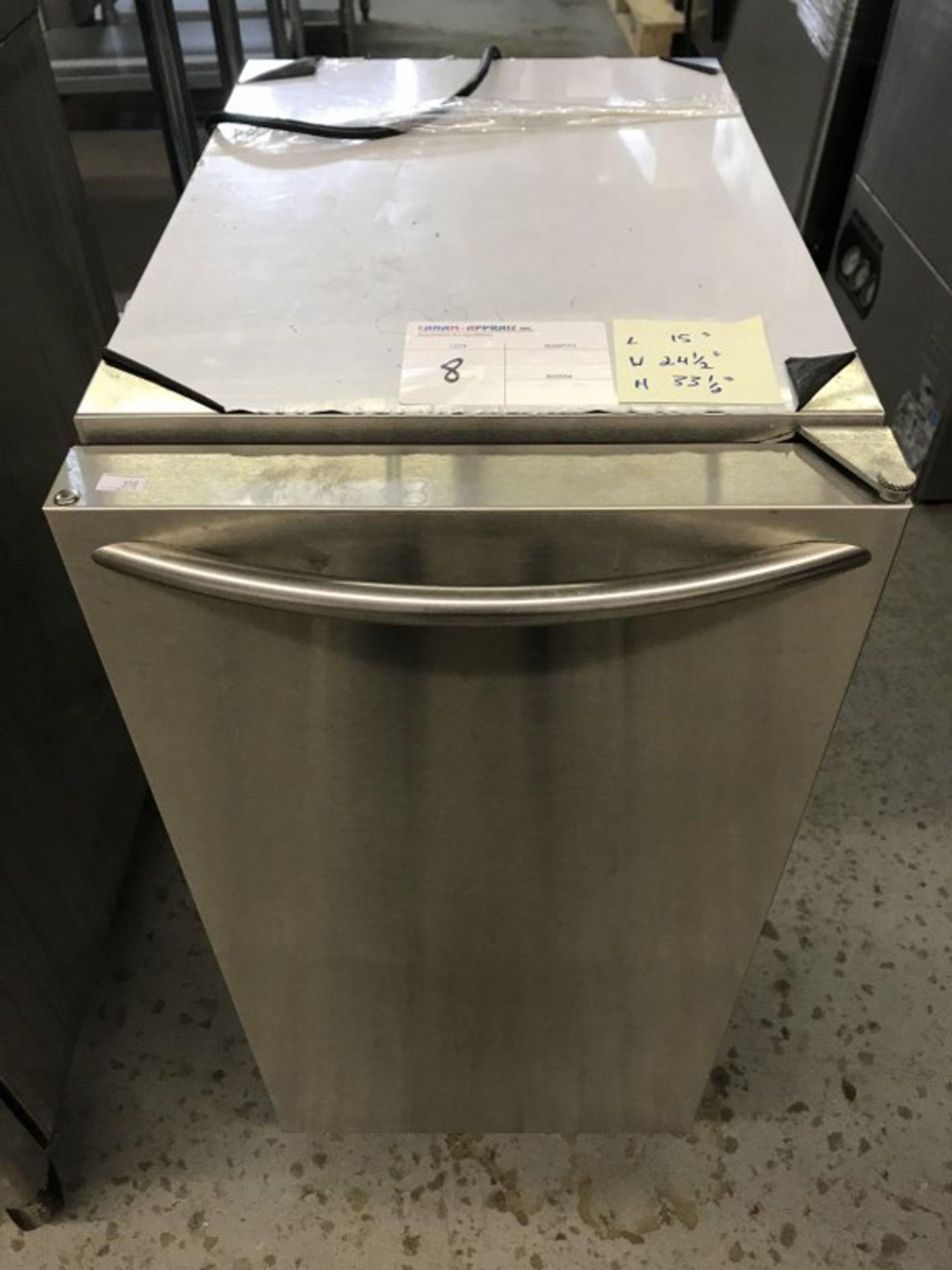 """Lot 8 - ICE-O-MATIC - ICE MACHINE. MODEL # GEMU090. 15""""L X 24.4""""W X 33.5""""H"""
