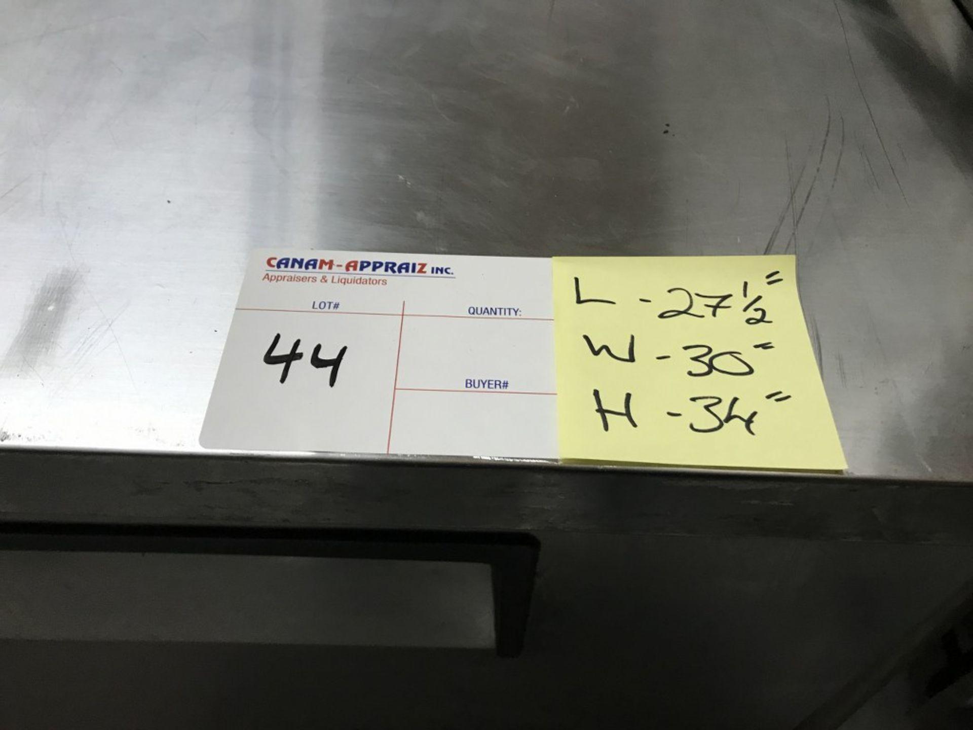 """Lot 44 - TRUE - 1-DOOR 27"""" UNDER-COUNTER REFRIGERATOR. MODEL # TUC-27F."""