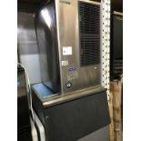 Lot 52 - HOSHIZAKE - ICE COMMERCIAL MACHINE W/OVERSIZE STORAGE CHEST