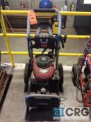 Husky portable pressure washer, 3000 psi, 2.5 gpm, with Honda GCV190 engine(LOCATED INDUSTRIAL