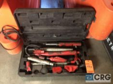 5 ton portable puller body repair set with case(LOCATED INDUSTRIAL COURT INSIDE)