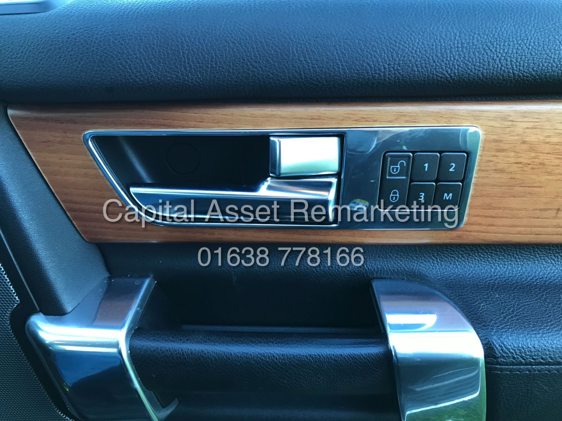 """Lot 7A - On Sale LAND ROVER DISCOVERY 4 'HSE"""" 3.0 SDV6 AUTO 13 REG FULLY LOADED -SAT NAV - LEATHER -HUGE SPEC"""