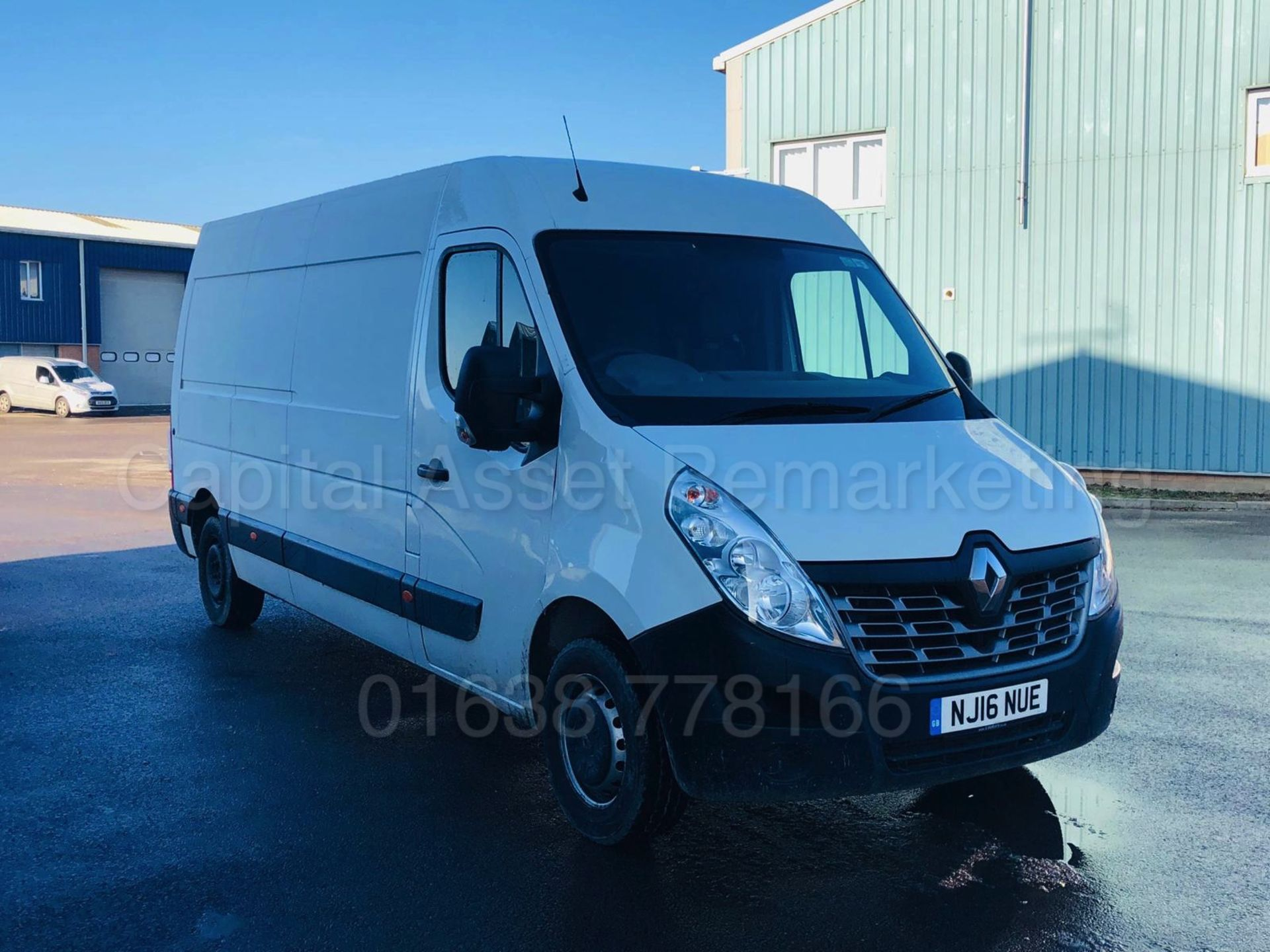 Lot 16 - RENAULT MASTER LM35 *LWB - BUSINESS EDITION* (2016) '2.3 DCI - 110 BHP - 6 SPEED' *ULTRA LOW MILES*