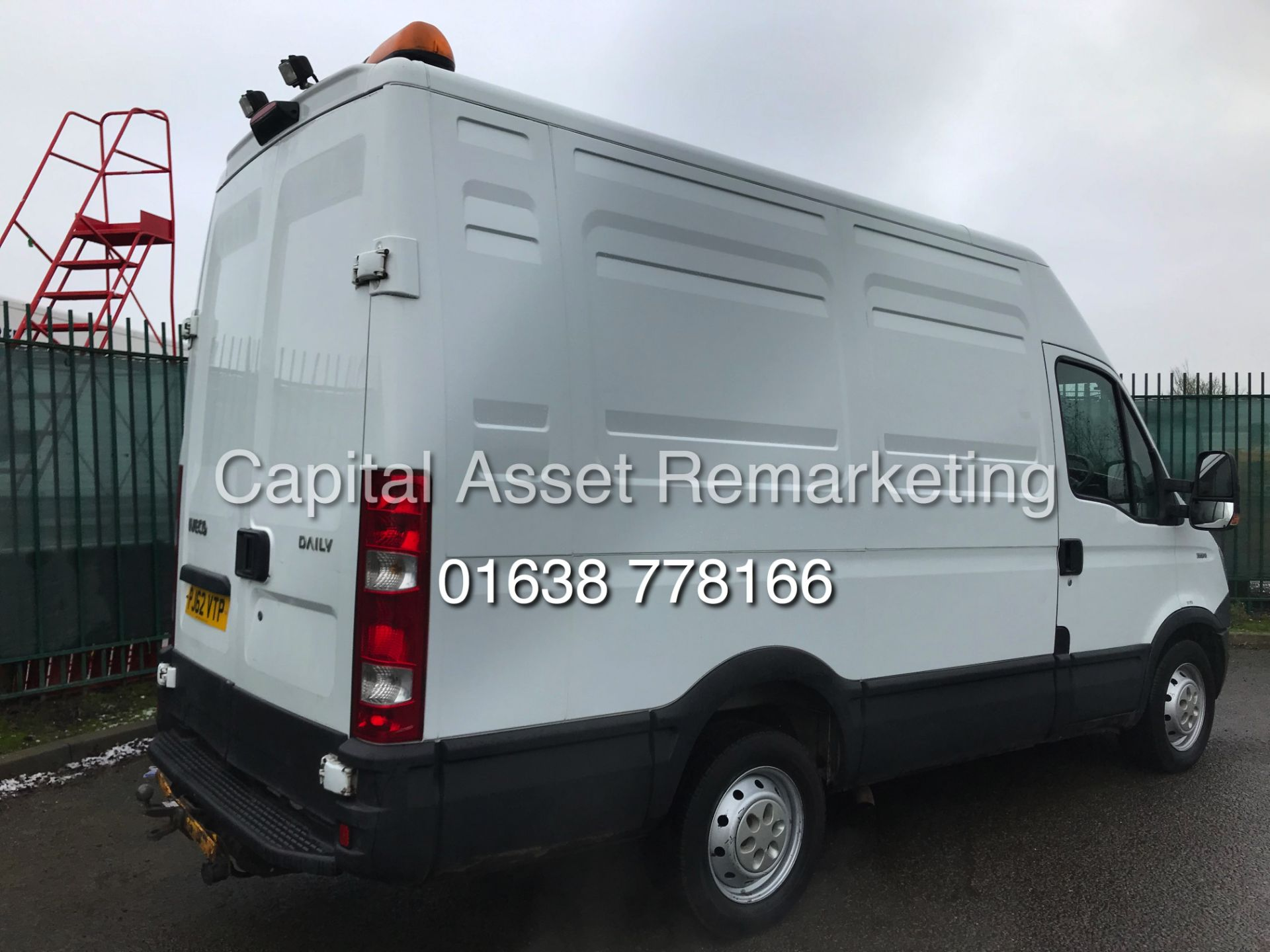 Lot 28 - IVECO DAILY 2.3TD 35S11 (2013 YEAR) IDEAL CAMPER / MOTO-X / CARTING CONVERSION