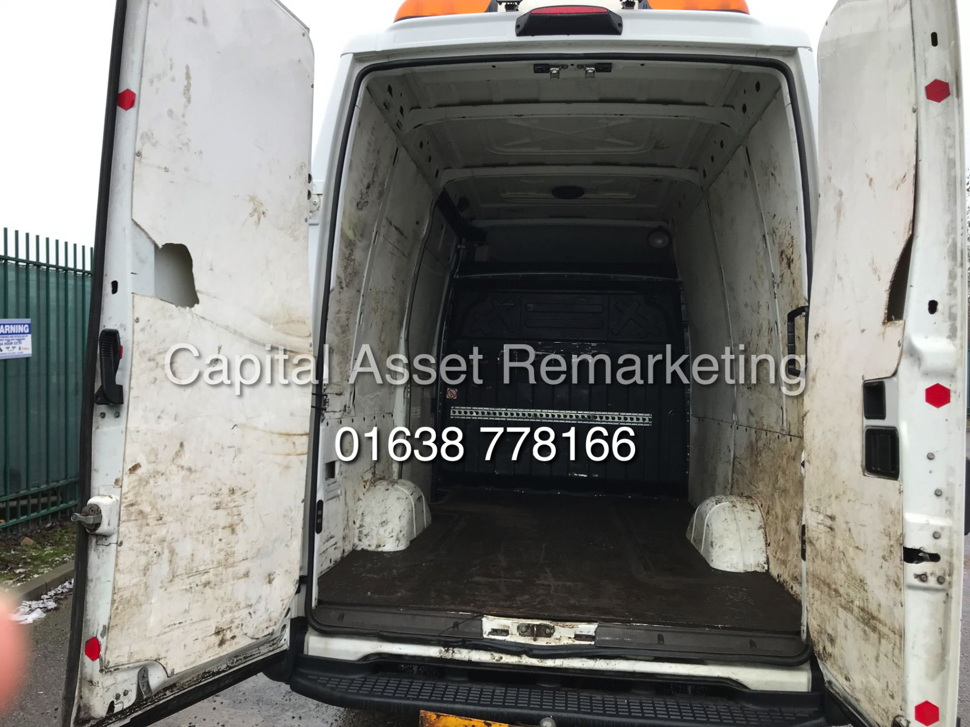 Lot 26 - IVECO DAILY 2.3TD 35S11 (2013 REG) ONLY 1 OWNER **IDEAL FOR CAMPER / MOTO-X CONVERSION**