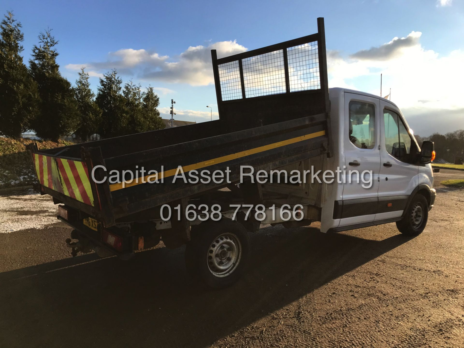 """Lot 25 - FORD TRANSIT 2.2TDCI T350 """"125PSI* TIPPER (16 REG-NEW SHAPE) 1 OWNER -DOUBLE CAB / 4 DOOR / 7 SEATER"""