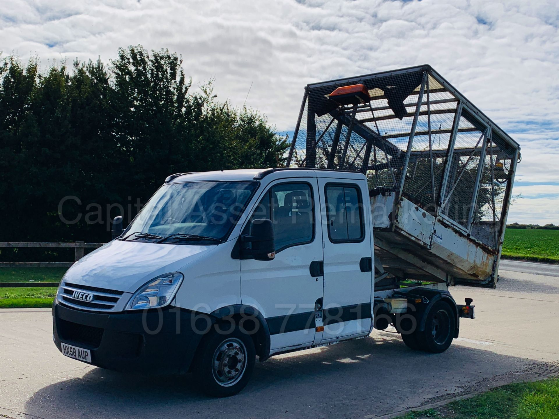 Lot 21 - IVECO DAILY 35C12 *D/CAB - TIPPER* (2009 MODEL) '2.3 DIESEL - 115 BHP - 5 SPEED' *LOW MILES*