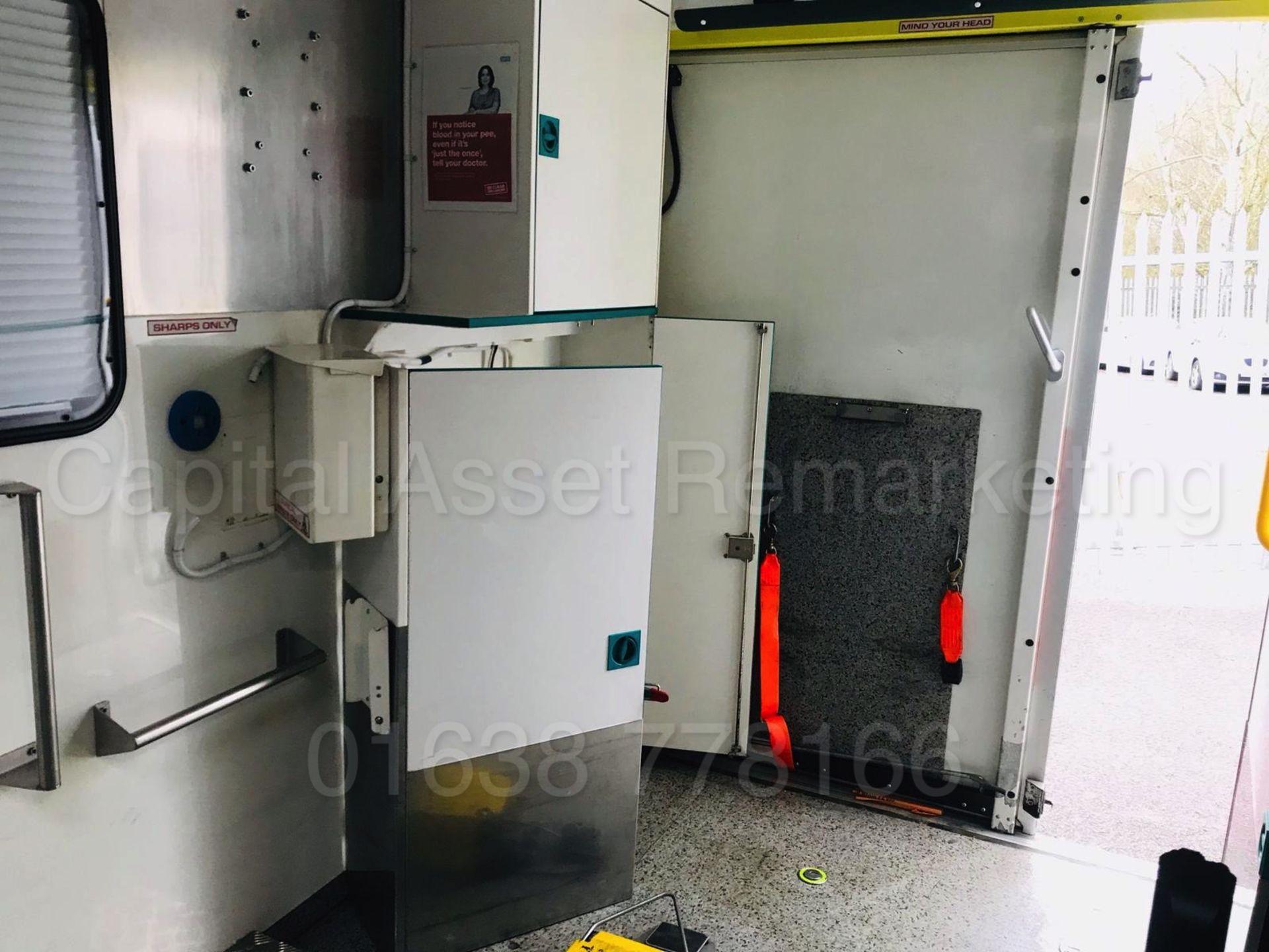 Lot 37 - MERCEDES-BENZ SPRINTER 519 CDI *AMBULANCE / BOX VAN* (2010) '3.0 DIESEL - 190 BHP - AUTOMATIC' *A/C*
