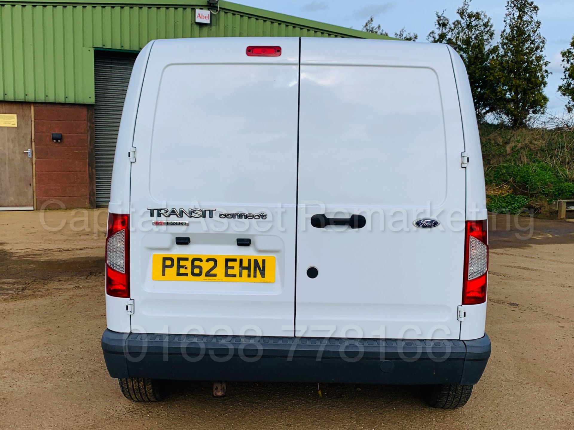 Lot 39 - FORD TRANSIT CONNECT T200 *LCV - PANEL VAN* (2013 MODEL) '1.8 TDCI - 75 BHP - 5 SPEED' *LOW MILES*