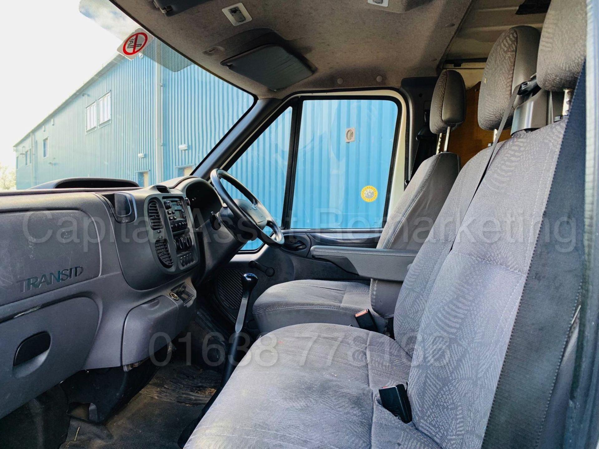 Lot 45 - (On Sale) FORD TRANSIT T300 *SWB -PANEL VAN* (2005) '2.3 PETROL/GAS - BI-FUEL - 140 BHP' *LOW MILES*