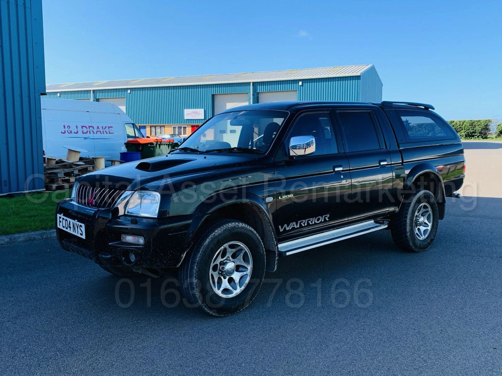 Lot 28 - (On Sale) MITSUBISHI L200 *WARRIOR* D/CAB PICK-UP (2004) '2.5 DIESEL - 5 SPEED' *AIR CON - LEATHER*