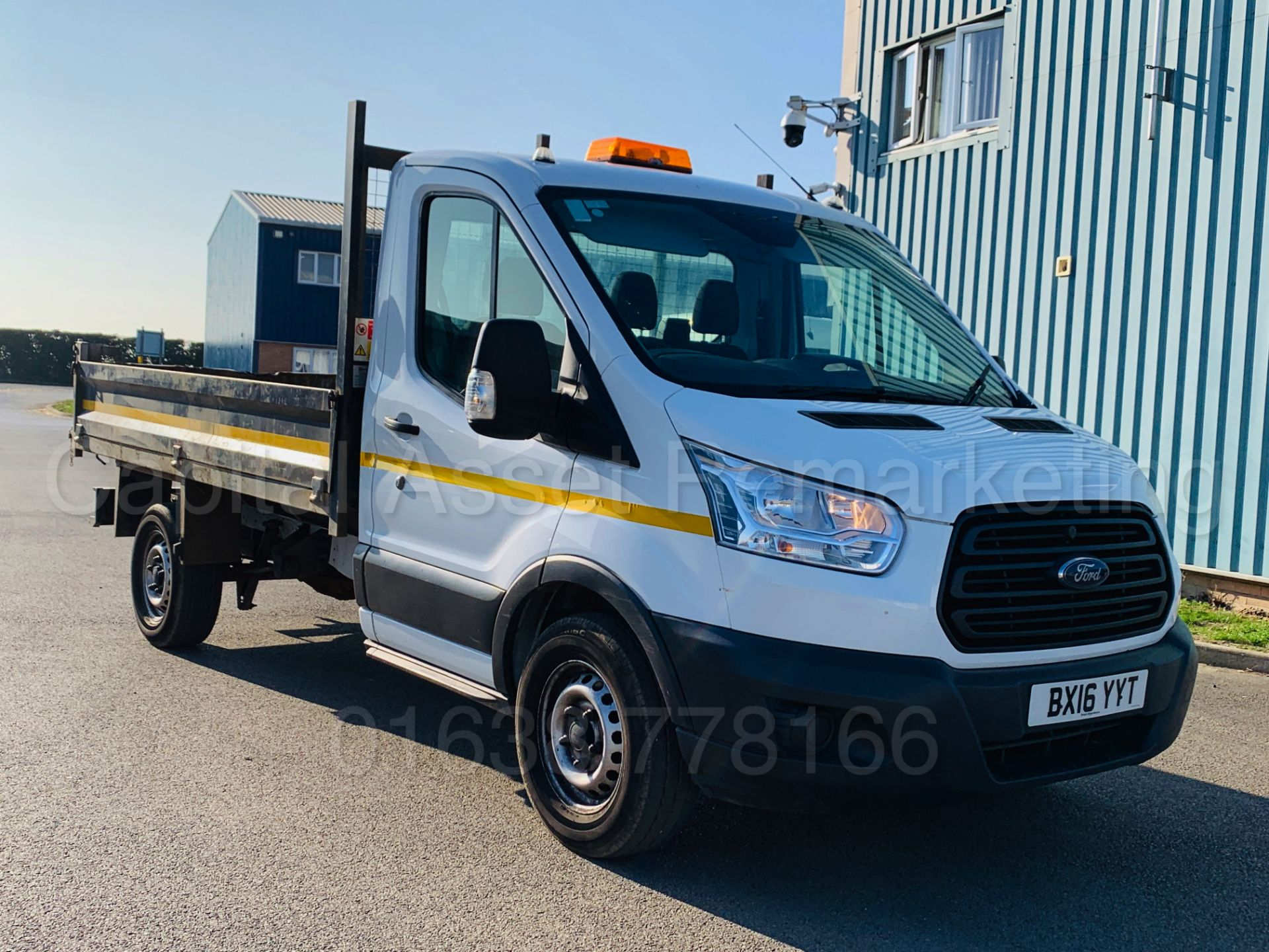 Lot 7 - FORD TRANSIT 125 T350 *SINGLE CAB - TIPPER* (2016) '2.2 TDCI - 125 BHP - 6 SPEED' **3500 KG**