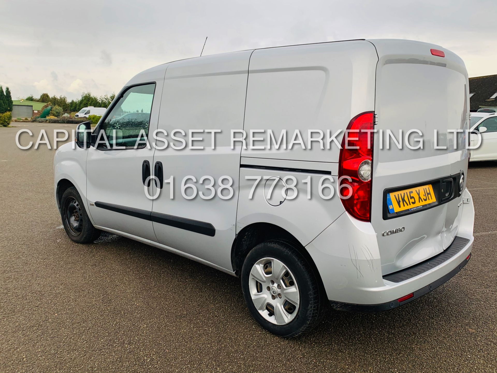 Los 15 - (On Sale) VAUXHALL COMBO 2000 CDTI *SPORTIVE* SWB - PANEL VAN (2015 - NEW MODEL) *AIR CON* (1 OWNER)