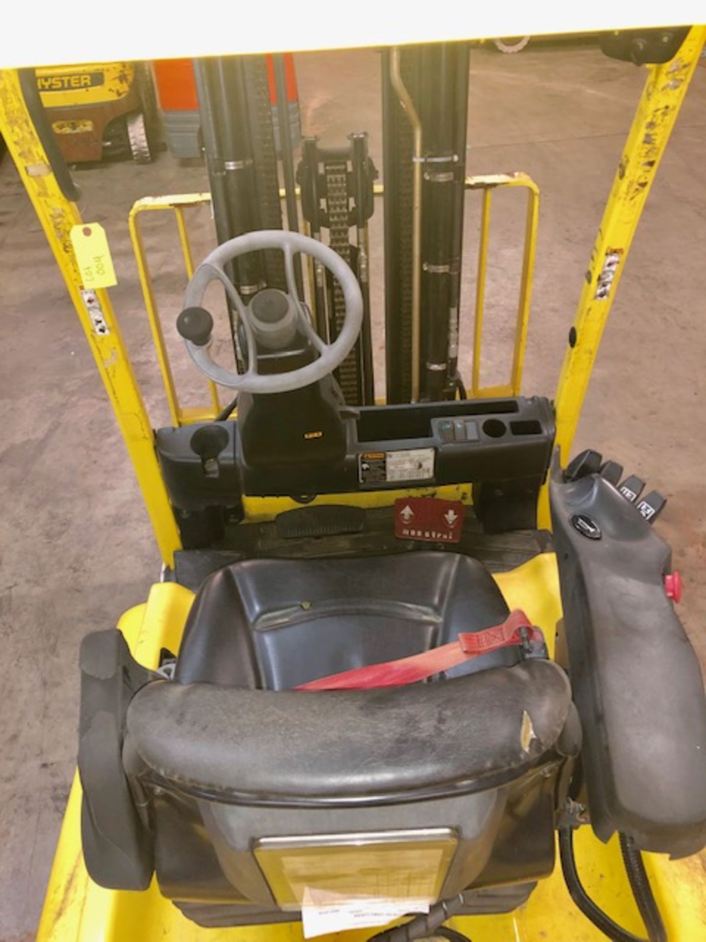 Lot 4 - Hyster forklift J40XN w/48V battery