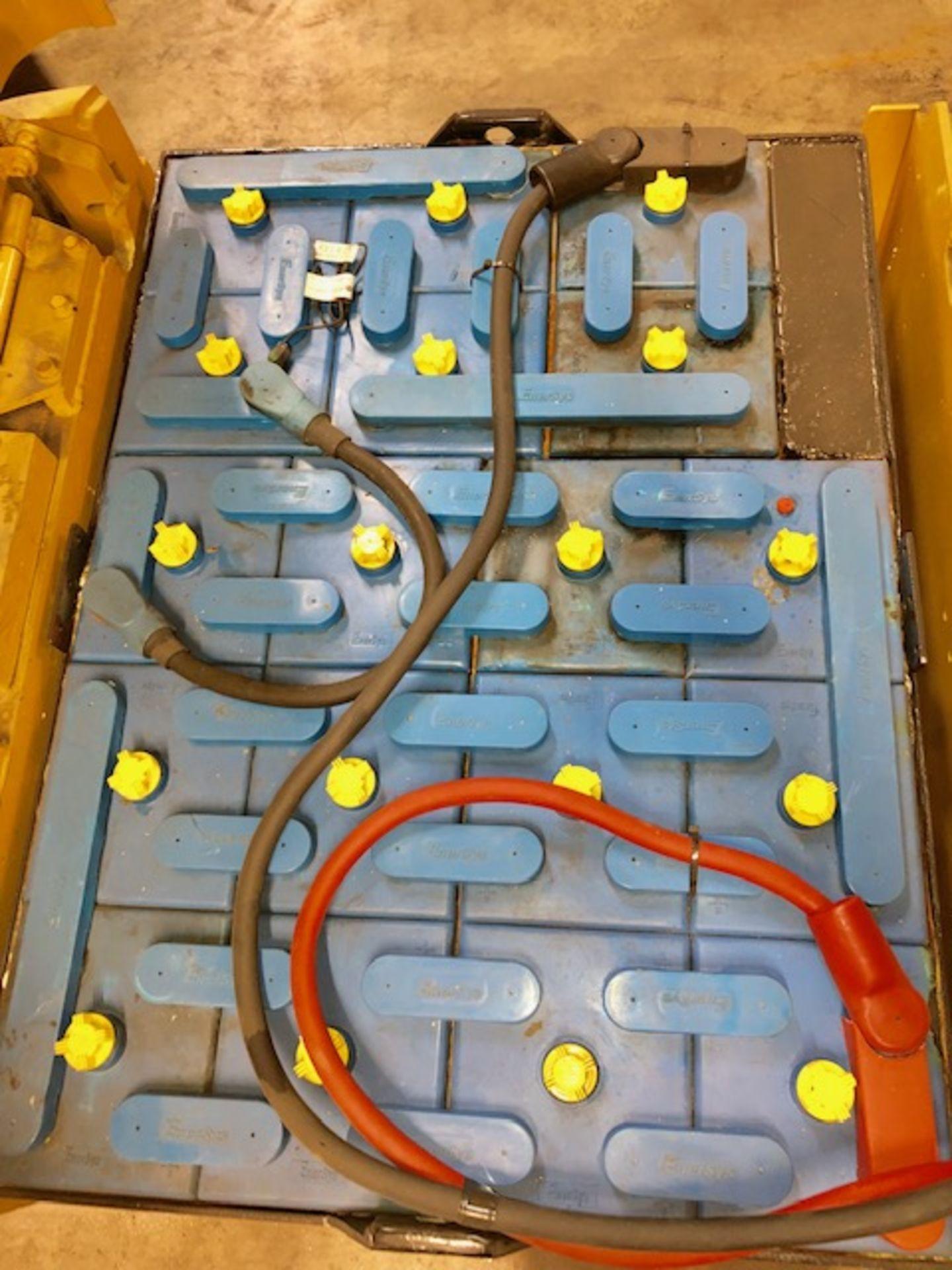 Lot 2 - CAT forklift 2EC15 w/36V battery